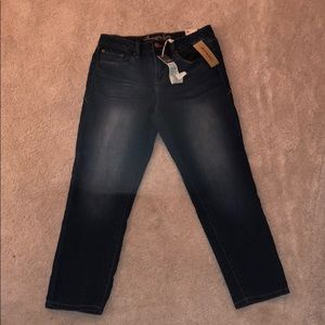 Dark high rise crop jeans
